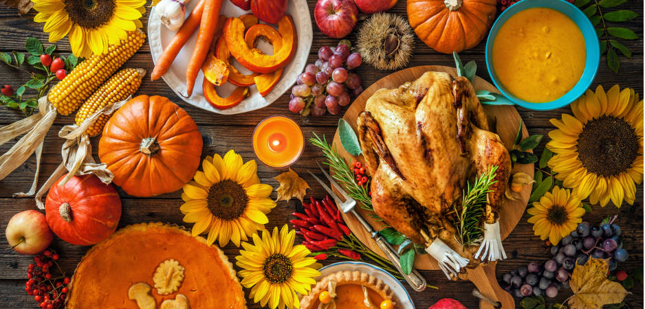 Thanksgiving, Black Friday, family holidays, consumerism, Current world news, culture news, Donald Trump, American culture, religion in America, family values