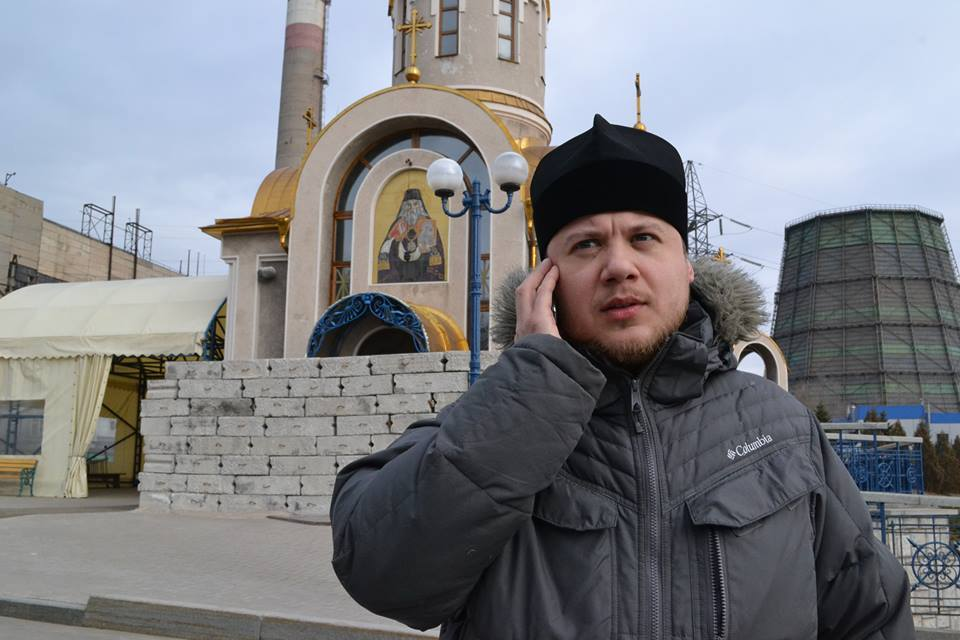 Father Giorgiy at his chapel in Donetsk © Giorgiy Gulyaev