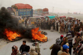 Pakistan-Afghanistan trade news, Pakistan-Afghanistan border tensions, trade between Pakistan and Afghanistan, Latest South Asian news, China Central and South Asia presence, Silk Road news, Afghanistan security news, Pakistan security news, Wagah border crossing tensions, suspension of the APTTA