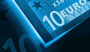 Geert Wilders Netherlands, Emmanuel Macron news, euro area stability, eurozone optimism, financial markets 2018 projections, global economy 2018, Donald Trump economy, latest European news, Grexit, Marie Le Pen France