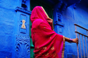 Staging a Revolution: The Gulabi Gang Makes Its India Theater Debut