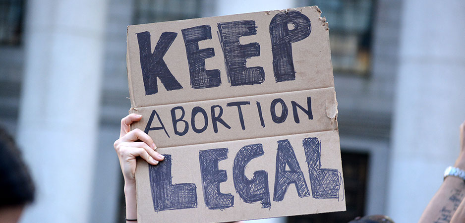 Rhea Bhasin, Roe v. Wade, Ruth Bader Ginsburg and Roe v. Wade, abortion bans US, Alabama abortion ban, women's rights US, abortion rates by group, maternal mortality, access to safe abortions, US pro-life lobby